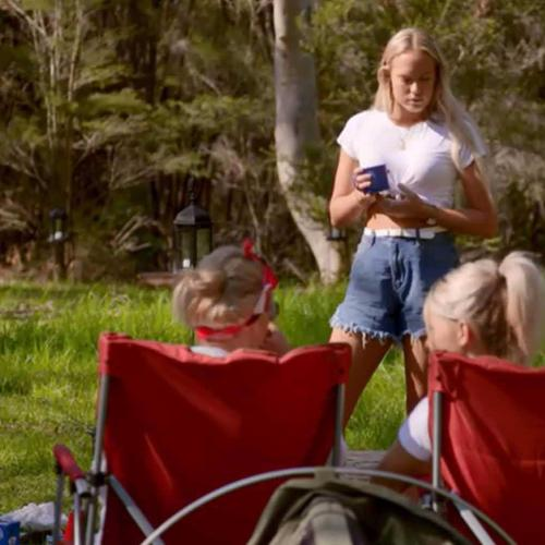 The Bachelor In 60 Secs: Pitching Tents & Going Bush