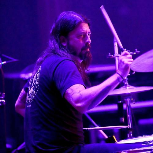 Dave Grohl Wants To Play With AC/DC And We Are 100% For It