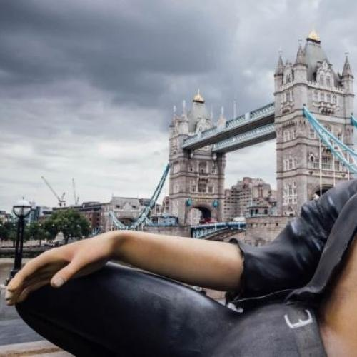 Massive Shirtless Jeff Goldblum Statue Erected In Uk