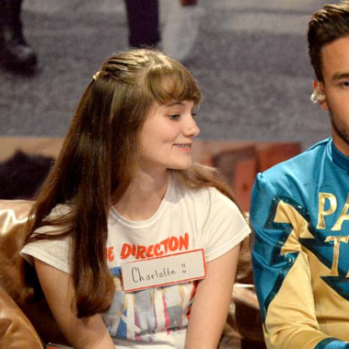 Amanda Reads Tweets From 1D Fans About Liam Payne Smoking