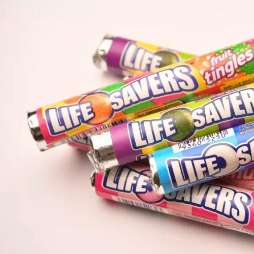 One Of Our Fave Lollies Are Returning To Aussie Hands