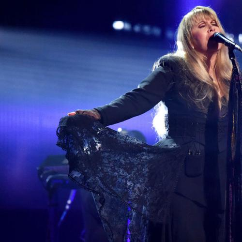 Fleetwood Mac Postpones Tour As Stevie Nicks Battles The Flu