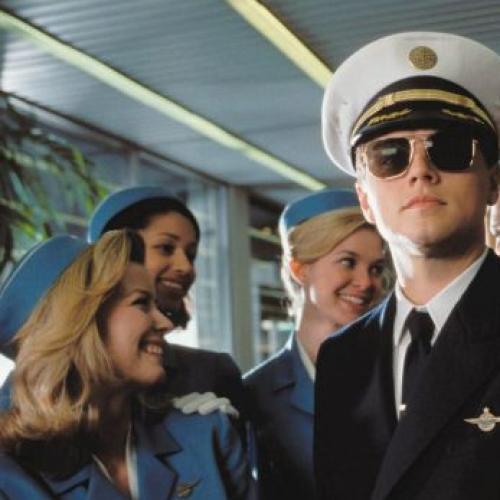 The Strict New Uniform Rules For Qantas Pilots