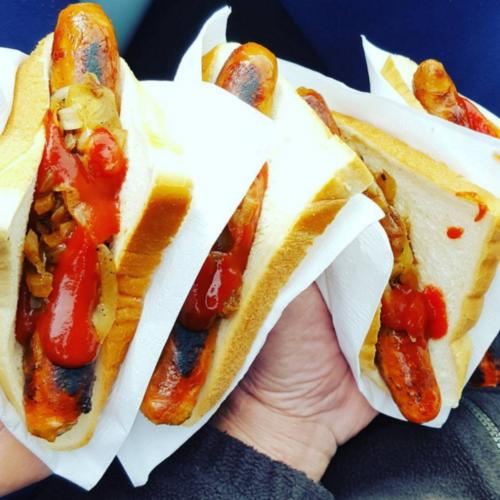 Is The Classic Oz Sausage Sizzle Set To Go Viral In America?