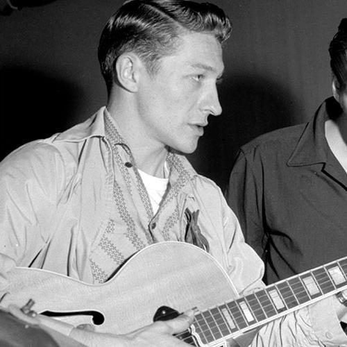 Elvis's first guitarist Scotty Moore dies