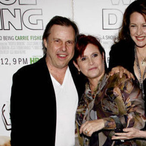 Carrie Fisher Family Member Dies After Rush To Hospital