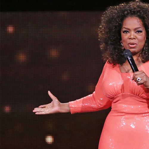Oprah Gifts New iPhone to Student After Posing For a Selfie