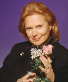 Iconic TV Astrologer Walter Mercado Dies