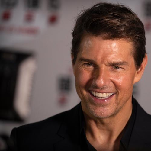 Tom Cruise Gives Fans Top Gun Sequel Sneak Peak!