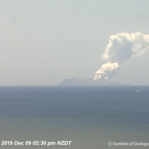 Massive Emergency Rescue Underway In New Zealand As Volcano Erupts