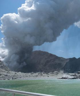 Why Were Tourists On The Active Volcano In New Zealand?