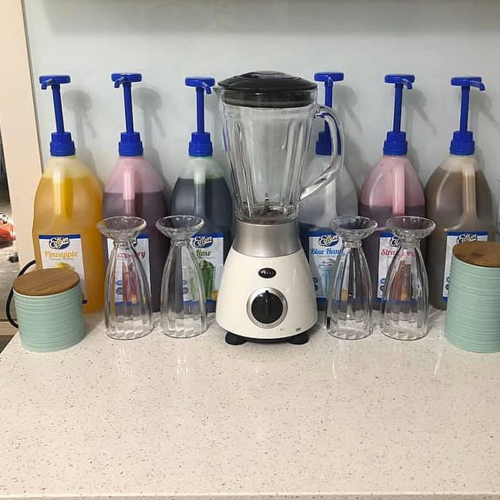 Aussie Mums Are Turning Their Kitchens Into Milkshake Stations & Omg, Why Didn't I Think Of That?