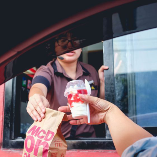 Woman Pulls Savage Stunt On Rude McDonald's Drive-Thru Customer As Revenge