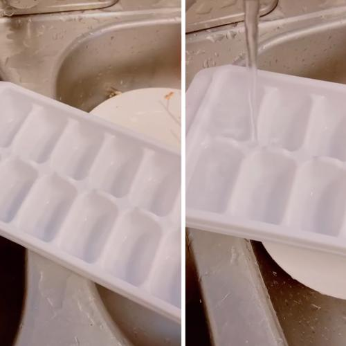 This Woman Has Shows Us That We've Been Filling Ice Trays Wrong This WHOLE TIME!