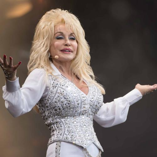 Dolly Parton Reveals How She Wrote '9 to 5' And It Wasn't A Normal Process