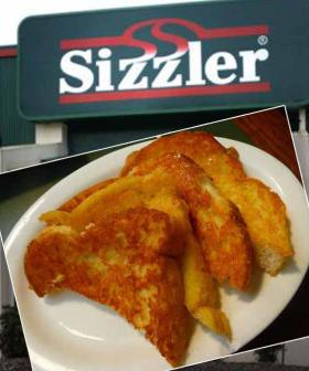Sizzler May Have Closed, But It's Iconic Cheese Toast Lives On With This Easy-As Recipe
