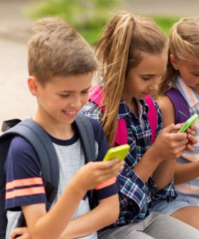 Mobile Phones Are Set To Be Banned In SA Primary Schools From 2021