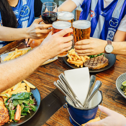 These Pubs Are Offering Bottomless Booze During Footy Games