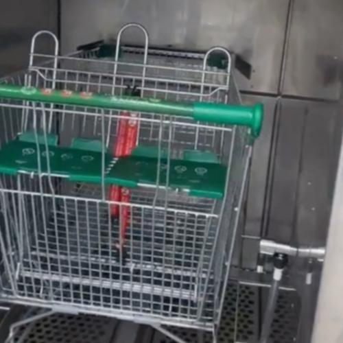 Woolworths Are Rolling Out A New Feature For Your Shopping Trolley & It's A Gamechanger