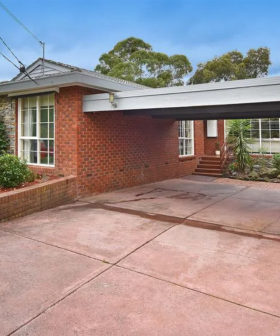 """""""Toadfish"""" Rebecchi's Neighbours House Is Now On Sale In 'Ramsay Street'"""