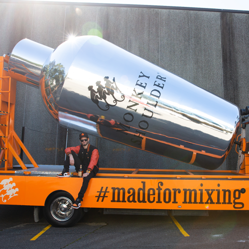 Melburnians Can Score Free Drinks From A Giant Cocktail Mixer Tomorrow