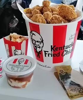 The Internet Has Fallen In Love With This Aussie Mum's KFC Bucket Birthday Cake