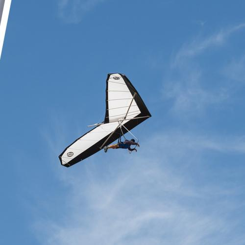 """""""I Actually Thought I Wasn't Coming Down"""" A Novice Hang Glider Shares His Crazy Story"""